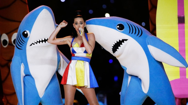 Goldstein-Katy-Perry-Super-Bowl-Halftime-Show-Sharks.jpg
