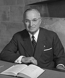 220px-Harry_S_Truman_-_NARA_-_530677_(2).jpg