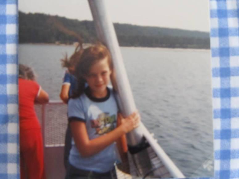 hebpicturedrocksboat2.jpg