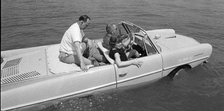 amphicar.jpg