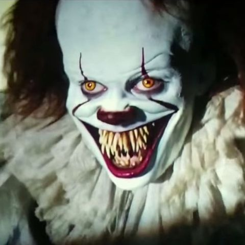 1505731747-pennywise-teeth-it-movie
